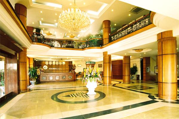 Thi công nội thất đại sảnh khách sạn là phần quan trọng nhất khi thi công nội thất khách sạn