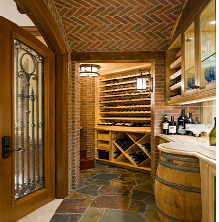 Hầm rượu trông như những quán rượu dành cho khách cao bồi Mĩ trong film