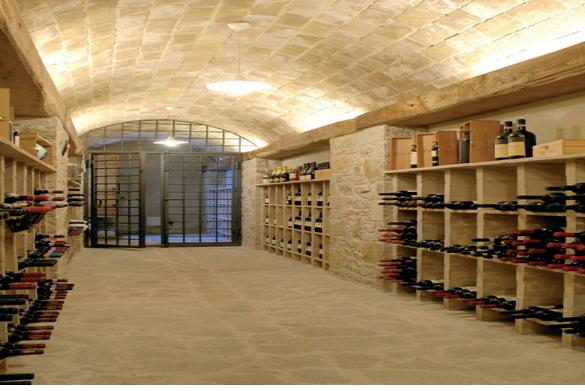 Hầm rượu phong cách Luân Đôn- Anh