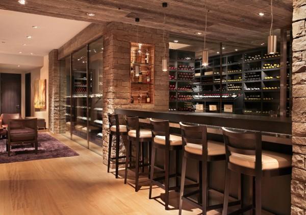 Một không gian uống rượu tuyệt vời cùng hội bạn thân
