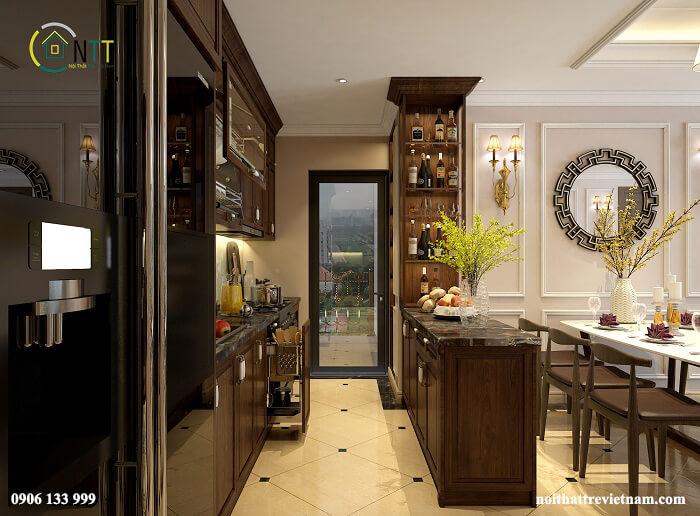 Phòng bếp sang trọng với quầy bar nhỏ, tủ rượu