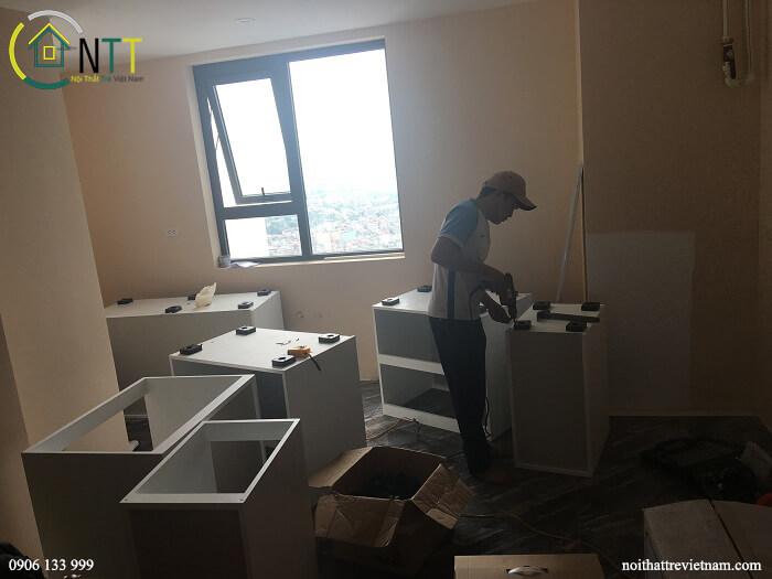 Tủ bếp của Nội Thất Trẻ được tách thành các cục tủ riêng biệt tạo kết cấu vững chắc, dễ dàng tháo lắp di chuyển