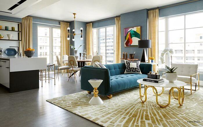 Mẫu 10 – Phòng khách đẳng cấp với nội thất dát vàng