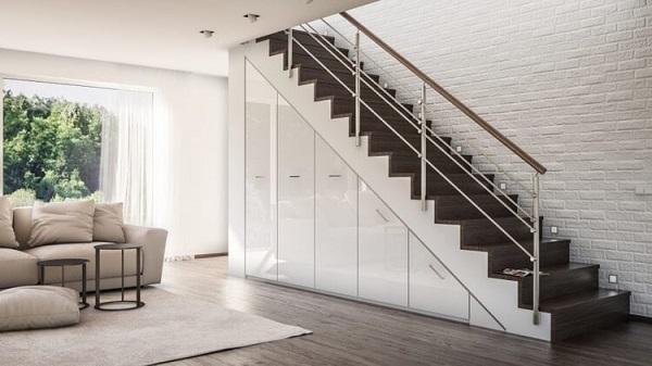Mẫu 18 - Thiết kế gầm cầu thang với tủ đồ hiện đại vật liệu Acrylic bóng gương