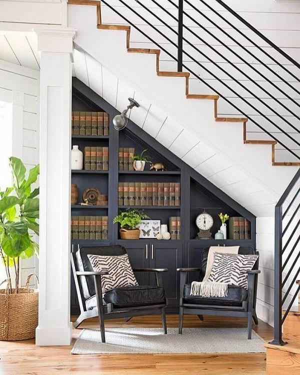 Mẫu 7 - Làm tủ sách đẹp dưới gầm cầu thang