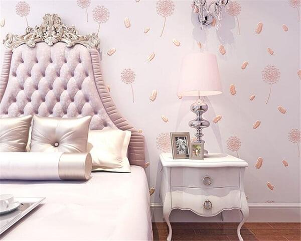 Ý tưởng 7  – Sử dụng giấy dán tường màu hồng phòng ngủ cao cấp