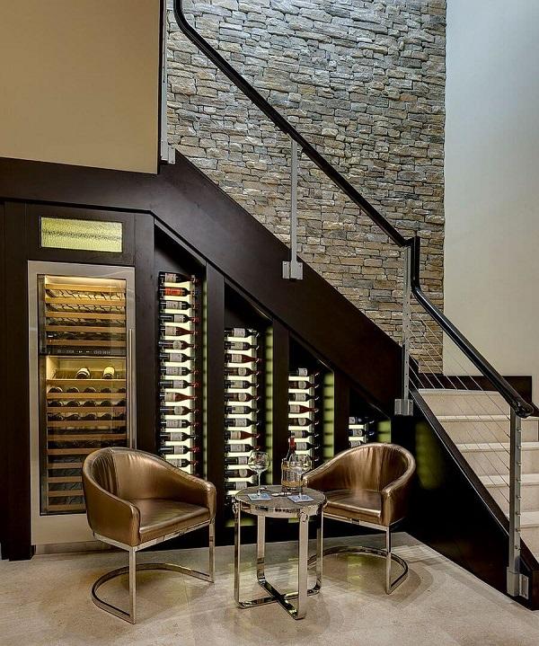 Mẫu 10 - Tủ rượu dưới gầm cầu thang