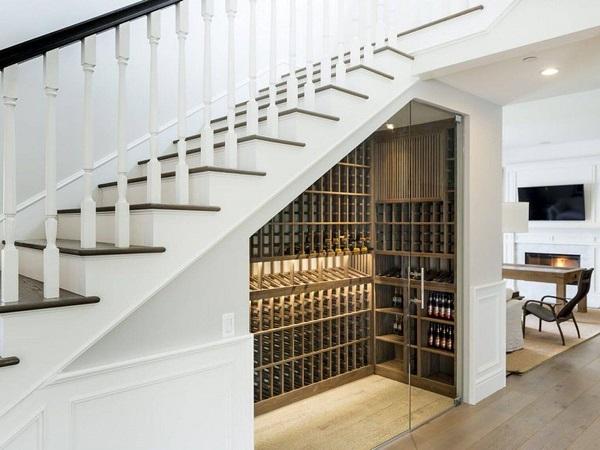 Mẫu 11 - Tủ rượu vang dưới gầm cầu thang