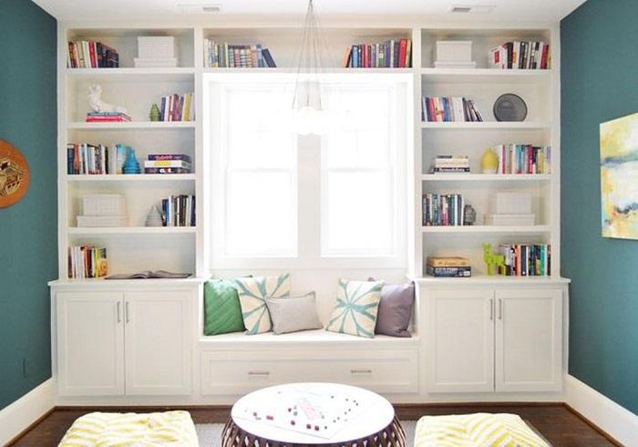 Mẫu 12 tận dụng góc nhỏ gần cửa sổ để đọc sách