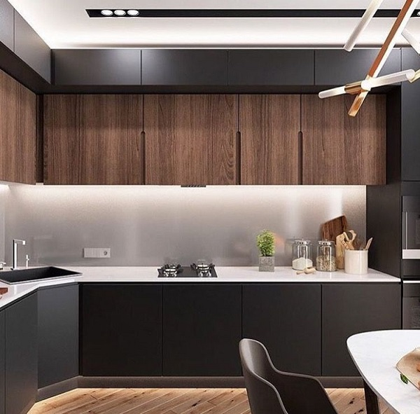 Mẫu 6 - Không gian bếp sang trọng với tủ gỗ óc chó