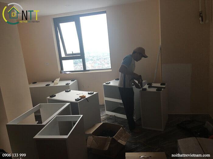 Tủ bếp của Nội Thất Trẻ Việt Nam được tách thành từng cục tủ riêng biệt