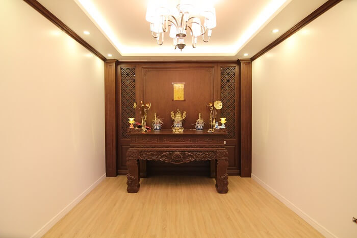 40 Thiết kế phòng thờ gia đình đẹp theo phong thủy vượng tài lộc