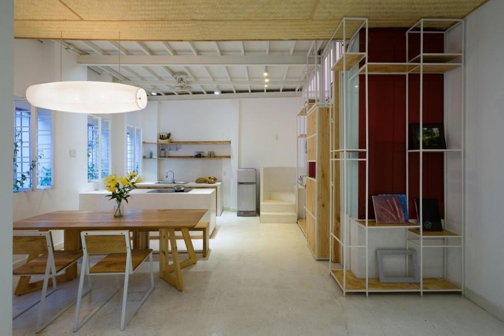 Cải tạo nhà cũng cần chú ý việc bố trí cửa xổ và ô gió giúp căn nhà trở nên mát hơn