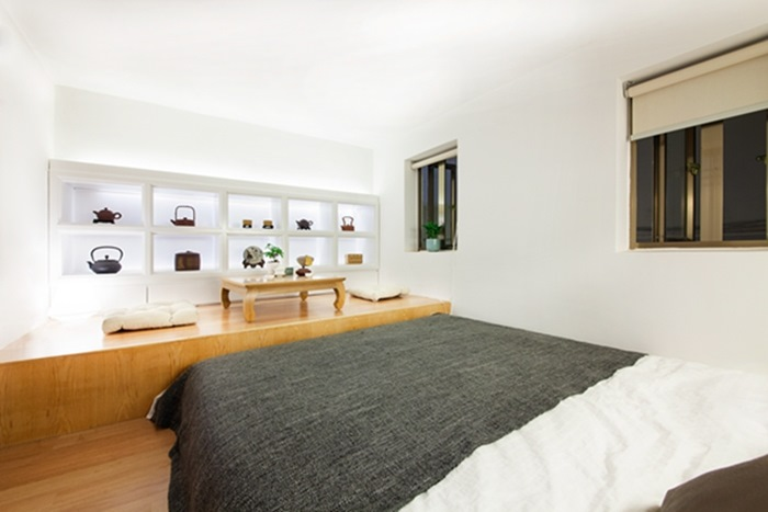 Phòng ngủ rộng rãi trên gác xép