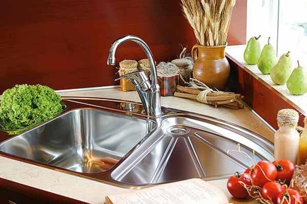 Bồn rửa bát cho phòng bếp nhà ống
