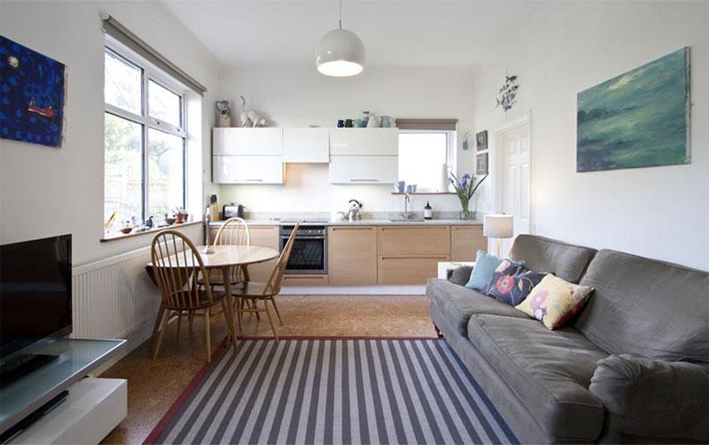 Cách bài trí nội thất phòng khách – bếp nhà cấp 4 7x10m