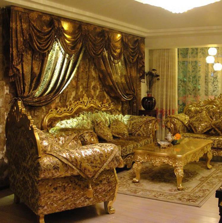 Bộ bàn ghế cầu kỳ tạo nên nét riêng của thiết kế nội thất cổ