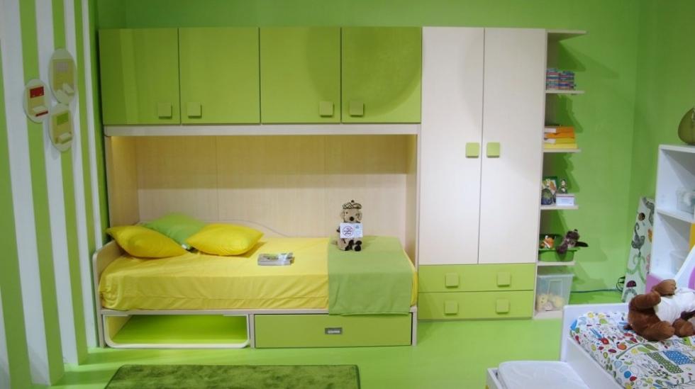 Mẫu 11: Bố trí nội thất thông minh màu xanh trong phòng ngủ bé gái