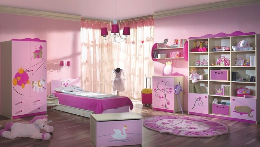 Mẫu 7: Phòng ngủ màu hồng cho bé gái yêu thích thời trang