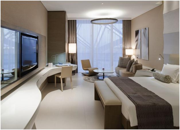 Phòng ngủ hiện đại tại khách sạn