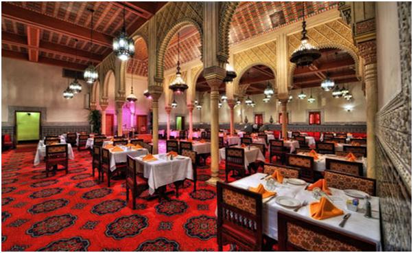 Nội thất nhà hàng phong cách Ấn Độ mẫu 1